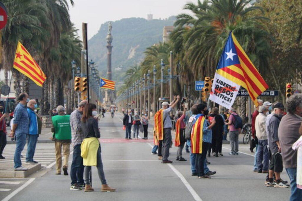 La Plataforma per la Llengua esclata perquè la llei de comunicació audiovisual no és sensible amb el català