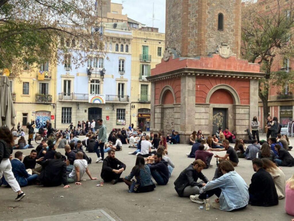 Desastre a Barcelona pels contagis entre joves