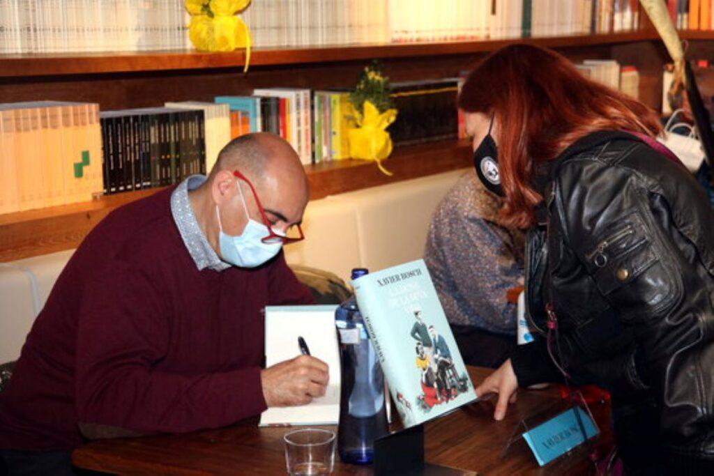 Paz Padilla lidera la venda de llibres en castellà a Catalunya per Sant Jordi