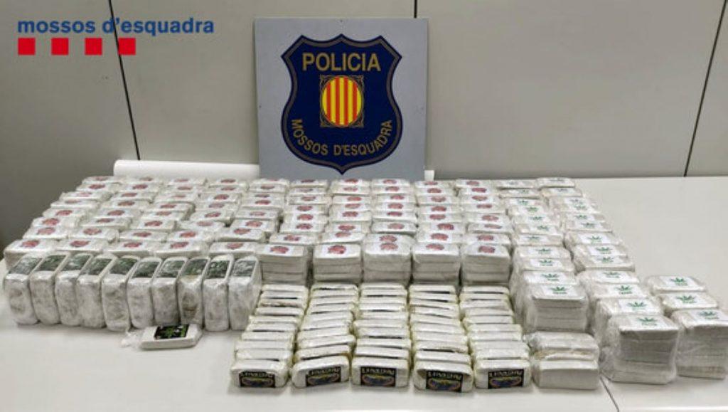 326.000 euros en droga al seu domicili de Sant Adrià del Besòs