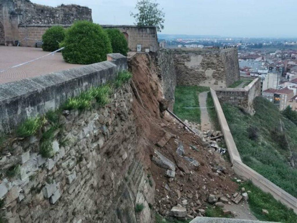 Ensurt a Lleida amb una esllavissada a la Seu Vella
