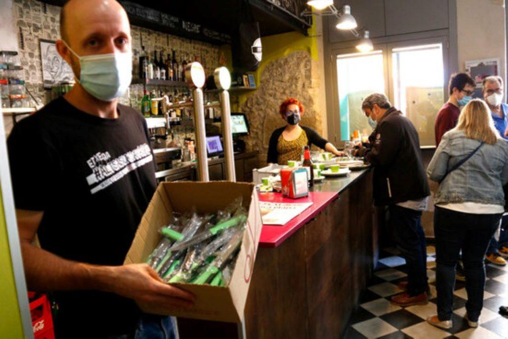L'acció d'un bar de Valls per denunciar la delinqüència descontrolada a la ciutat