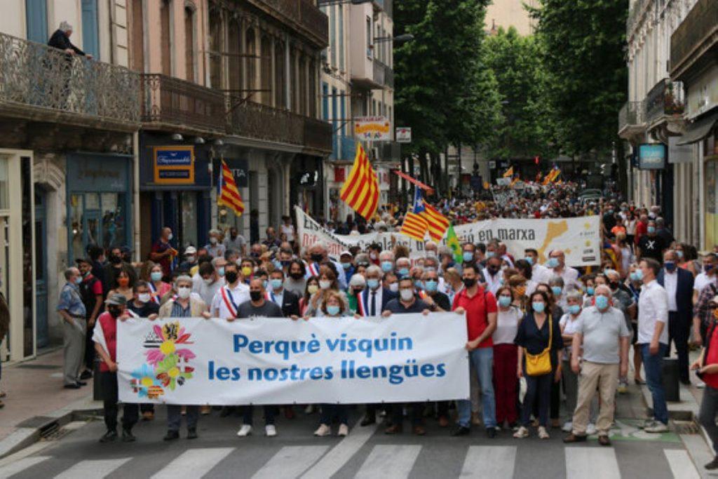Perpinyà és un clam a favor del català a l'escola