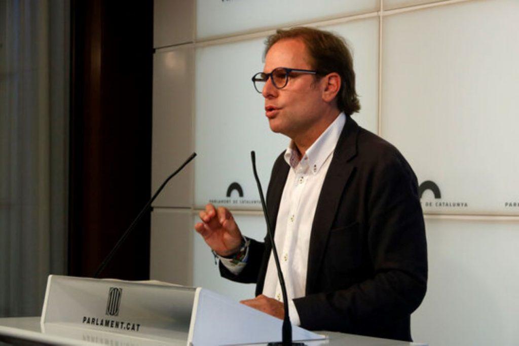 Batussa a les delegacions del Trifachito a Catalunya per la manifestació a Barcelona contra els indults