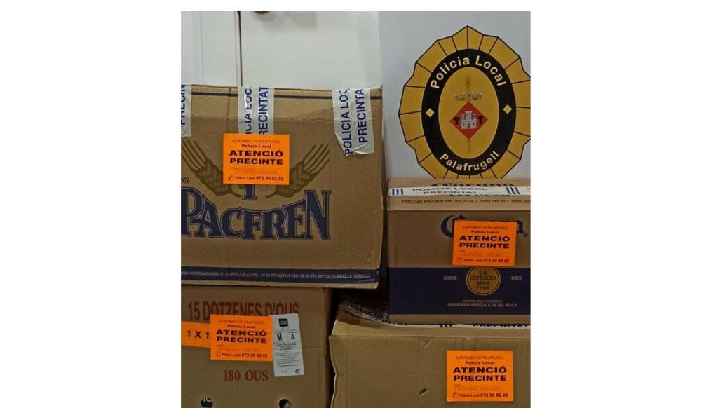 Detecten dos supermercats a Palafrugell amb ple d'aliments caducats
