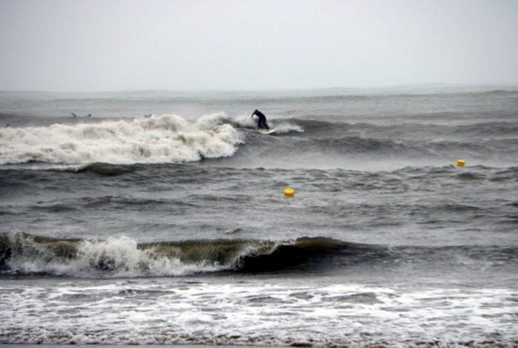 Doble tragèdia mortal a platges catalanes