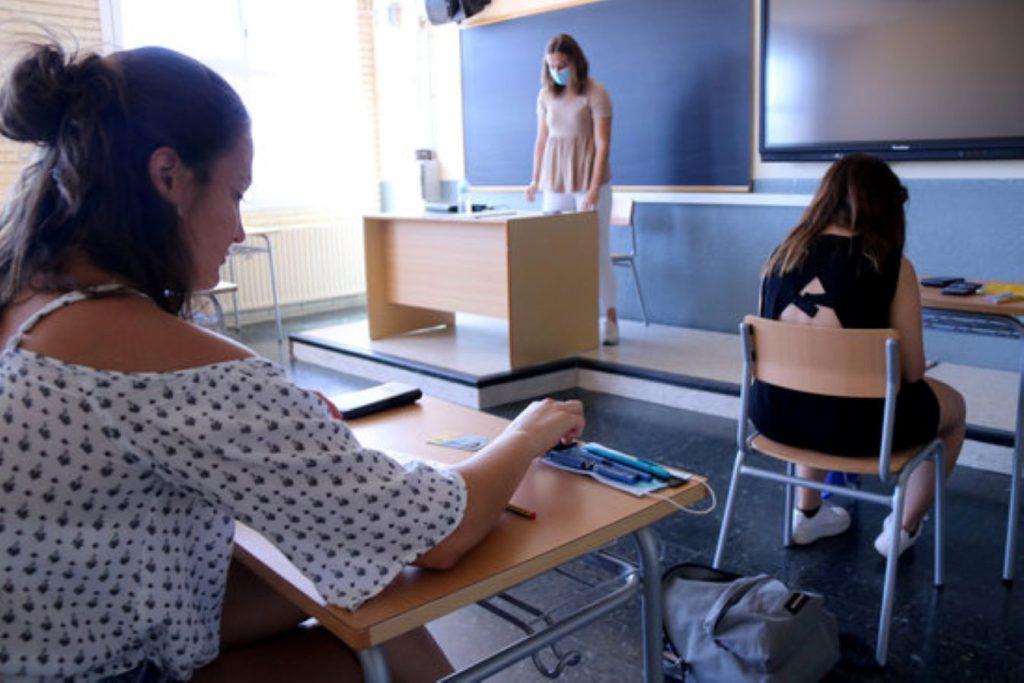 L'espanyolisme i la justícia espanyola provoquen un caos a la selectivitat amb l'idioma dels exàmens