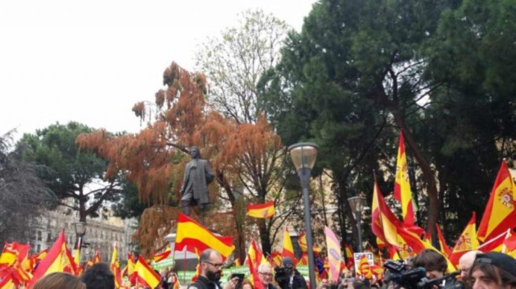 Manifestació contra els indults