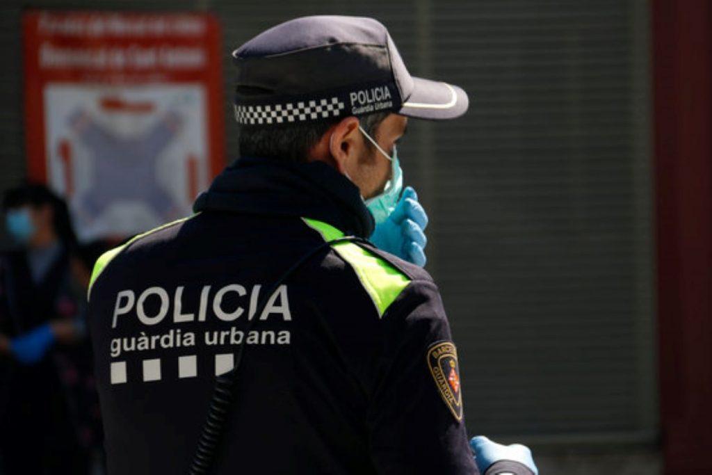Enxampen begut un conductor de bus escolar a Barcelona