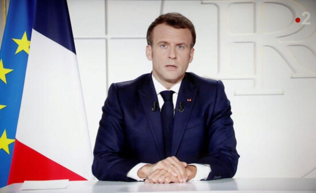 Cop dur de França contra els que no es volen vacunar