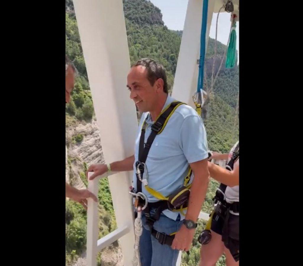 Josep Rull puenting