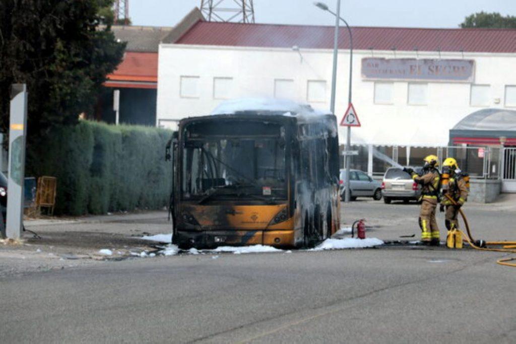 Crema autobús a Lleida