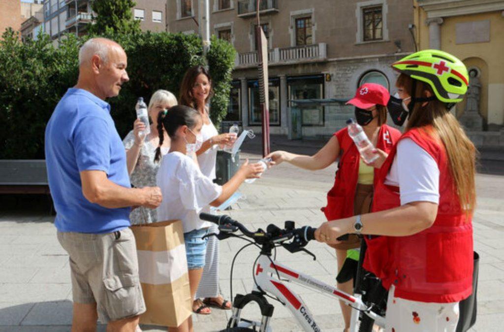 Gran iniciativa de la Creu Roja per combatre la calor a Sabadell