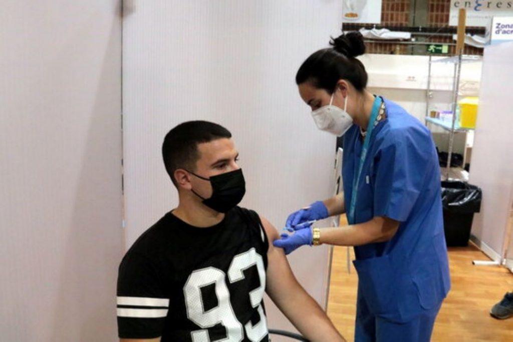 Cop d'efecte de Salut per accelerar la vacunació