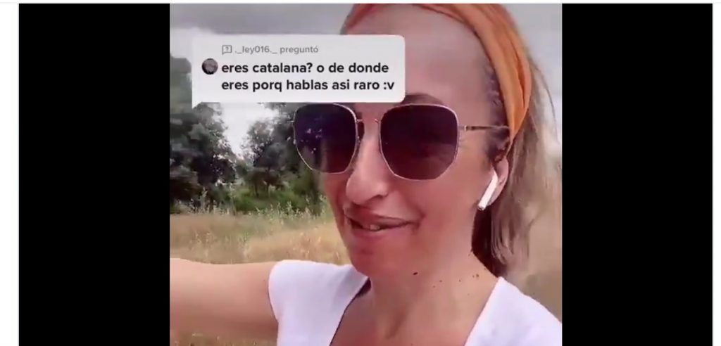 Una tiktoker catalana cedeix i promet als seus seguidors espanyols corregir l'accent català