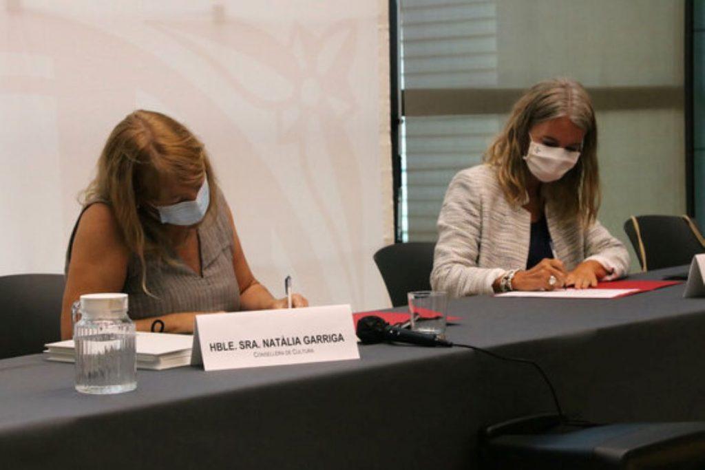 Cop d'efecte a favor dels artistes emergents en català