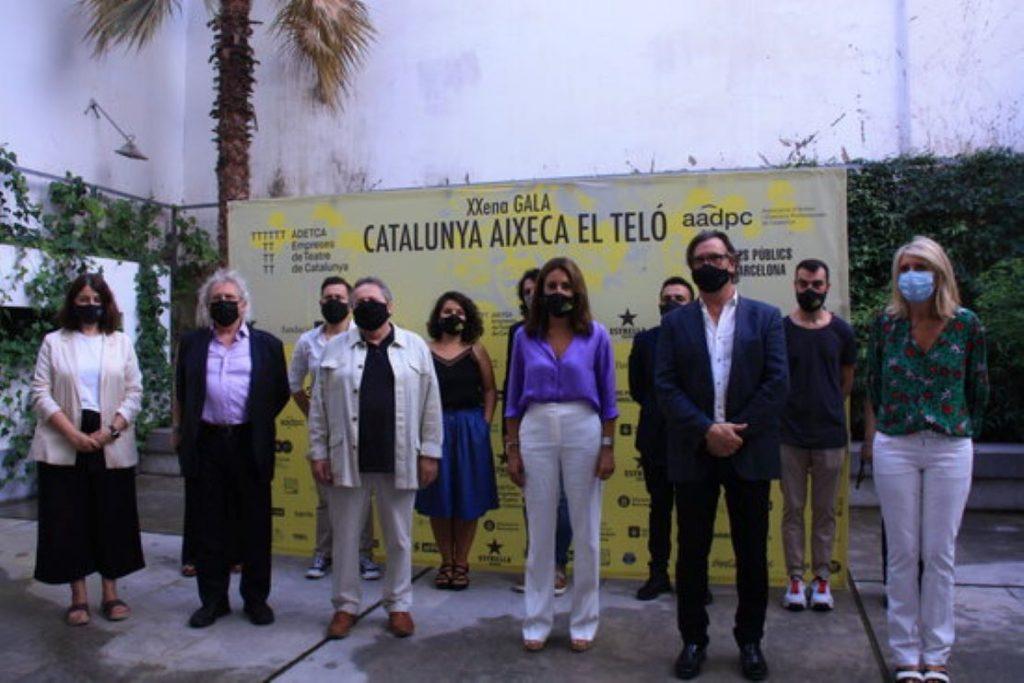 Cop dur per al teatre català