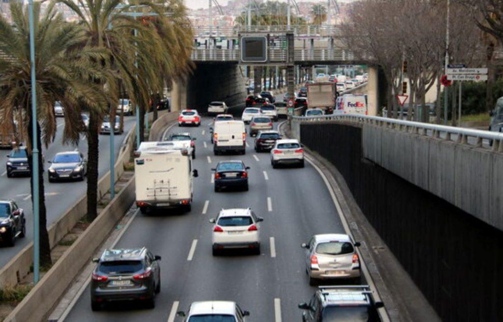 Espectacular creixement de la venda de vehicles electrificats, híbrids i de gas a Catalunya