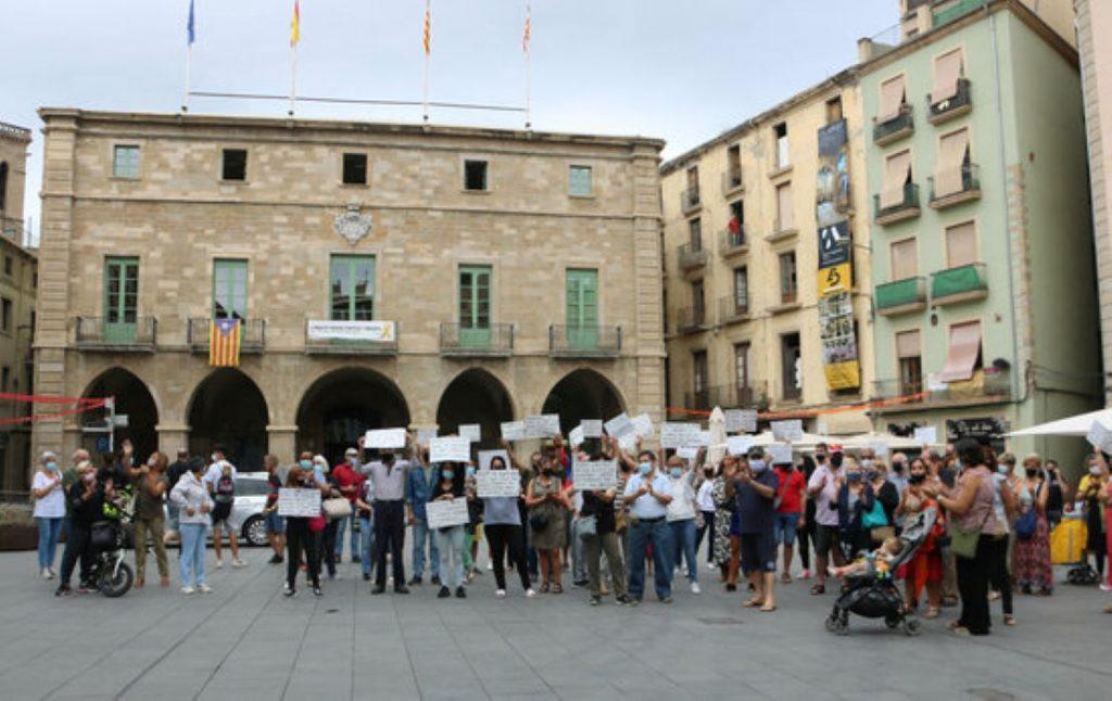 Manresa surt al carrer per protestar contra la inseguretat